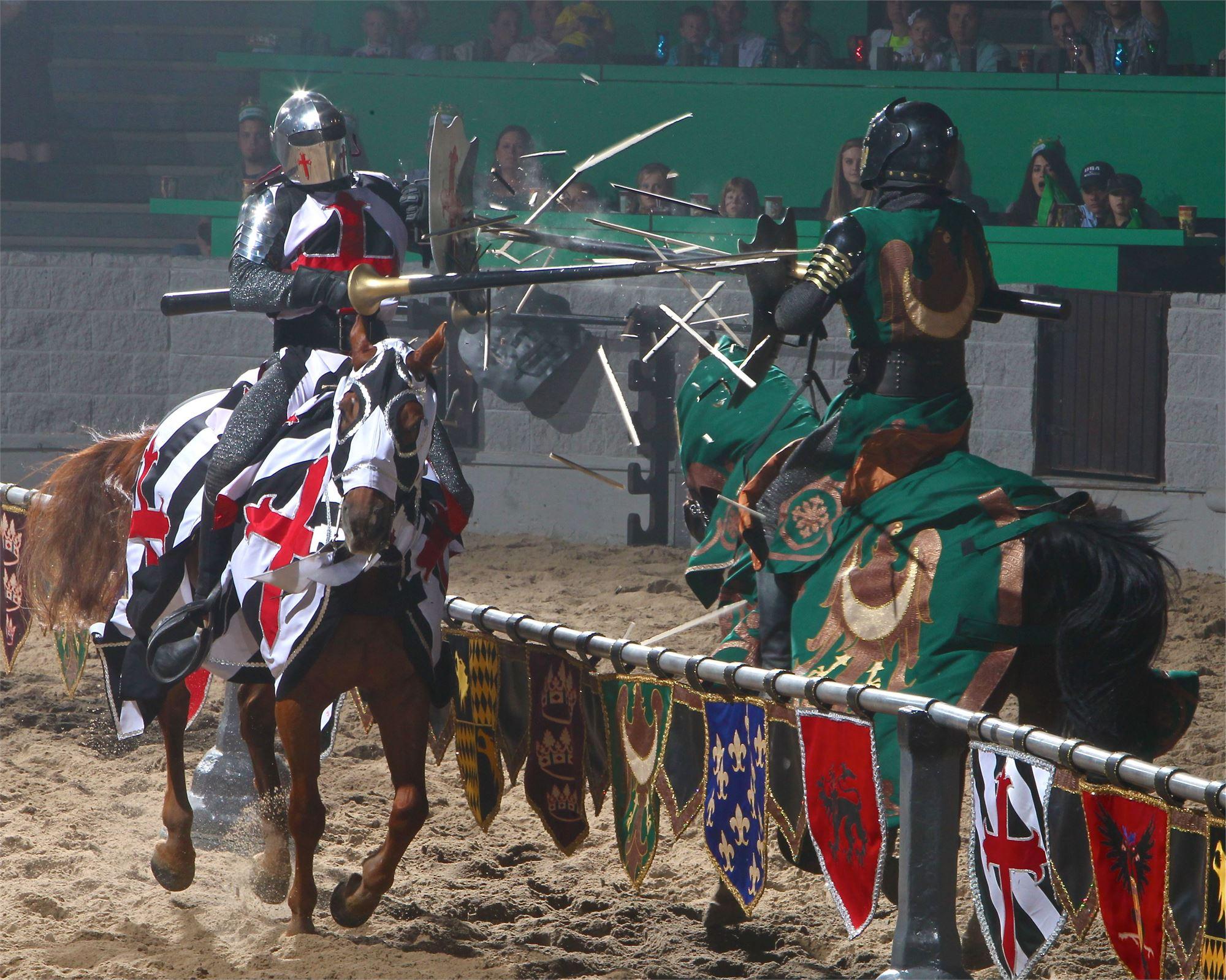 jousting_at_medieval_times_buena_park(6)
